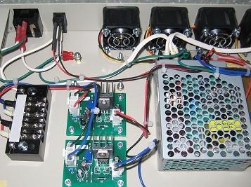 電圧変換装置の開発でコストダウン